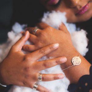 Bracelet médaillon bijoux argent or laiton cuivre lyon